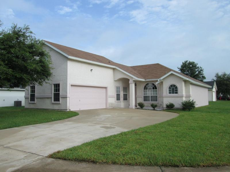 House for Rent in Arava / Lake Asbury