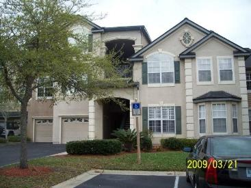 Condo for Rent in Off of Hodges close to JTB