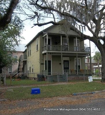 Duplex for Rent in Historic Springfield