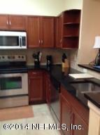 Condo for Rent in Esplanade At Town Center