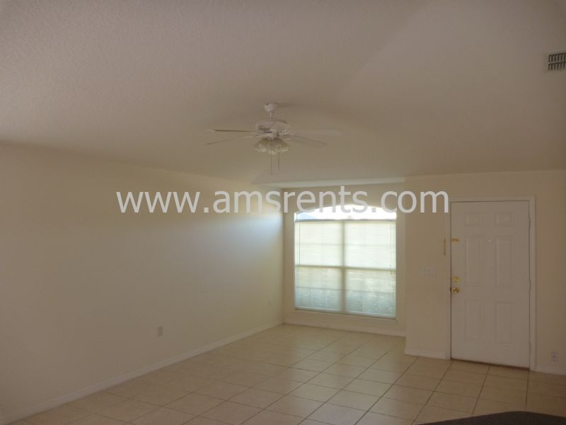 Duplex for Rent in Poinciana