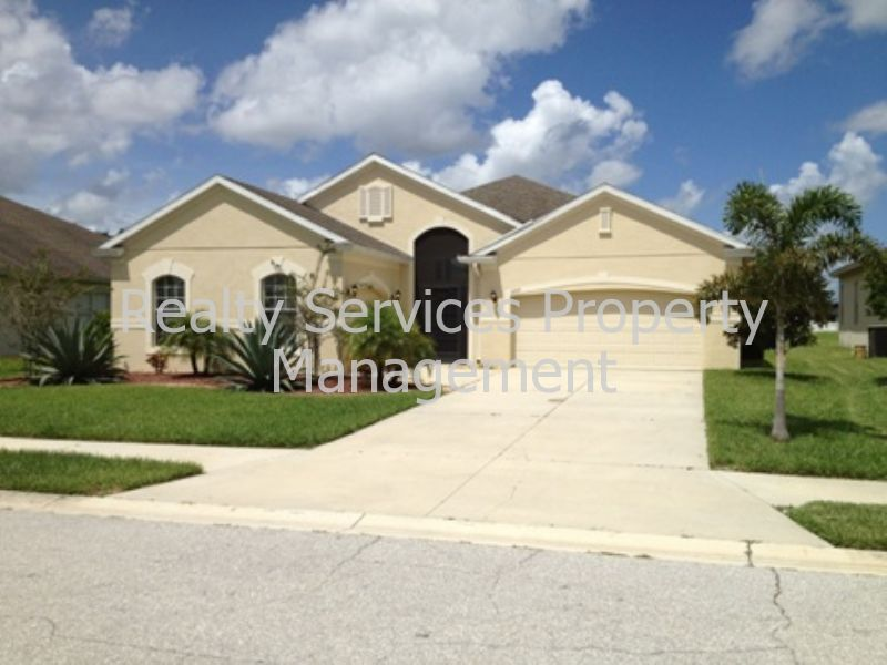 House for Rent in River Plantation