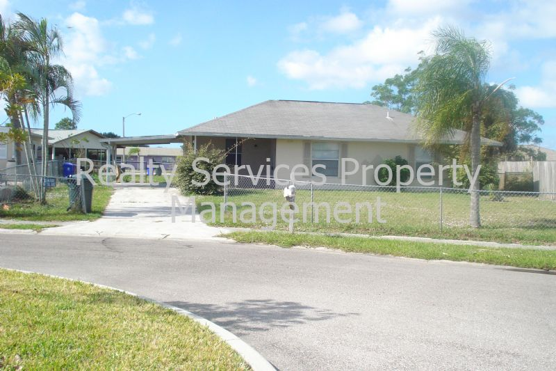 House for Rent in Sabal Palm Gardens