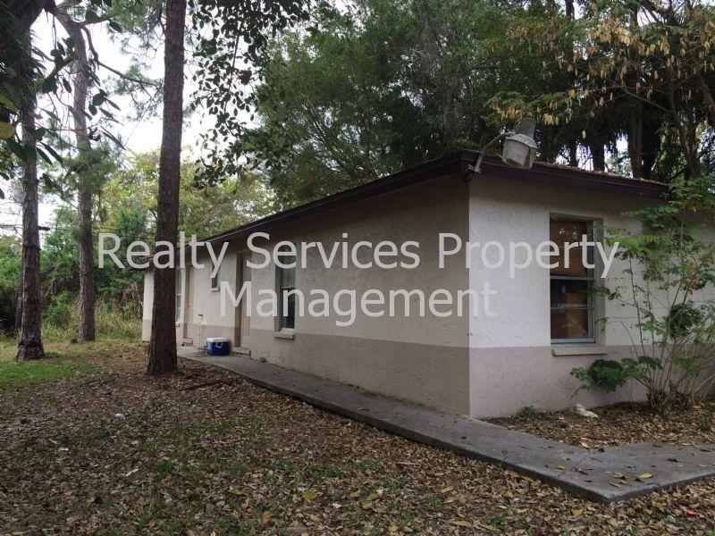 Duplex for Rent in Pine Manor