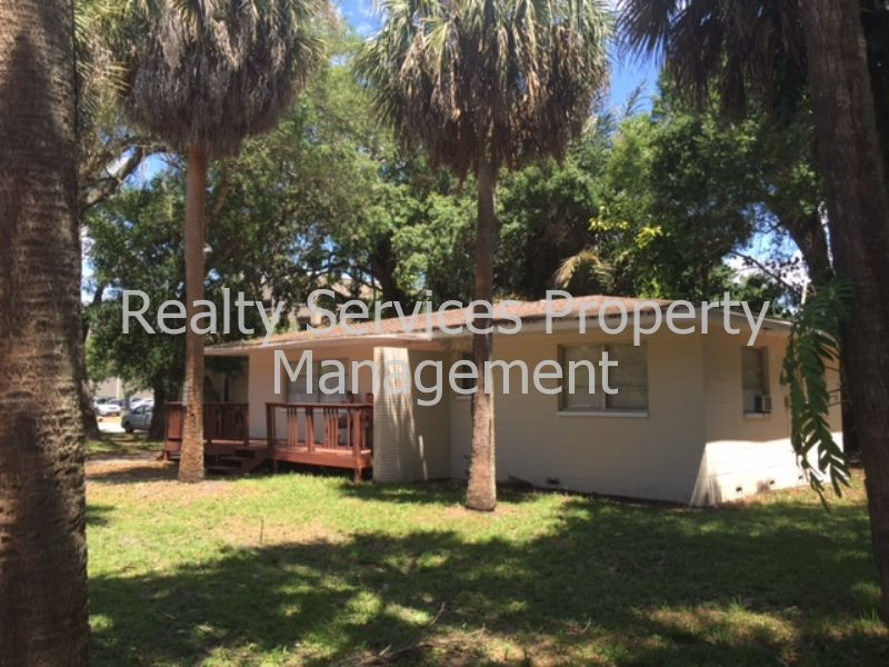 House for Rent in Close to Downtown Fort Myers