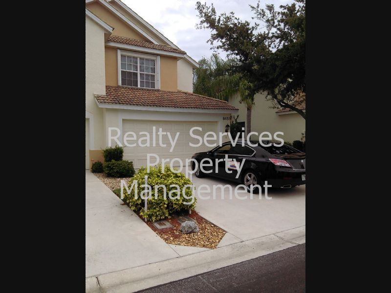 Condo for Rent in Lakewood Village