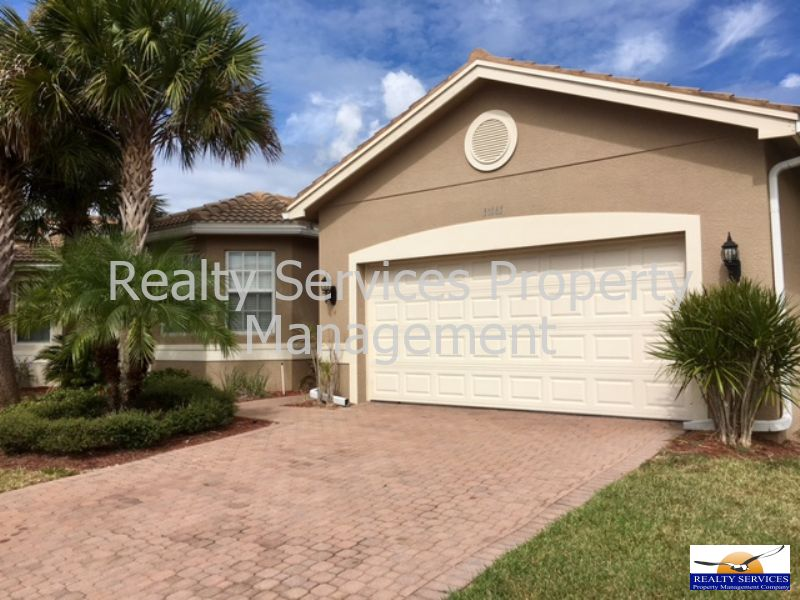 House for Rent in Botanica Lakes