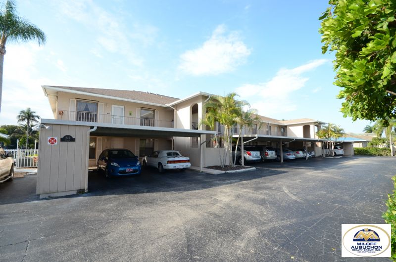Condo for Rent in Cape Coral
