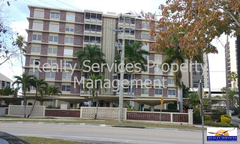 Condo for Rent in Harbour Towers