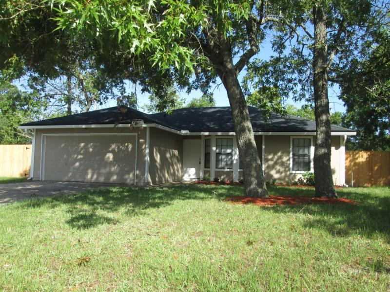 House for Rent in Russell Oaks