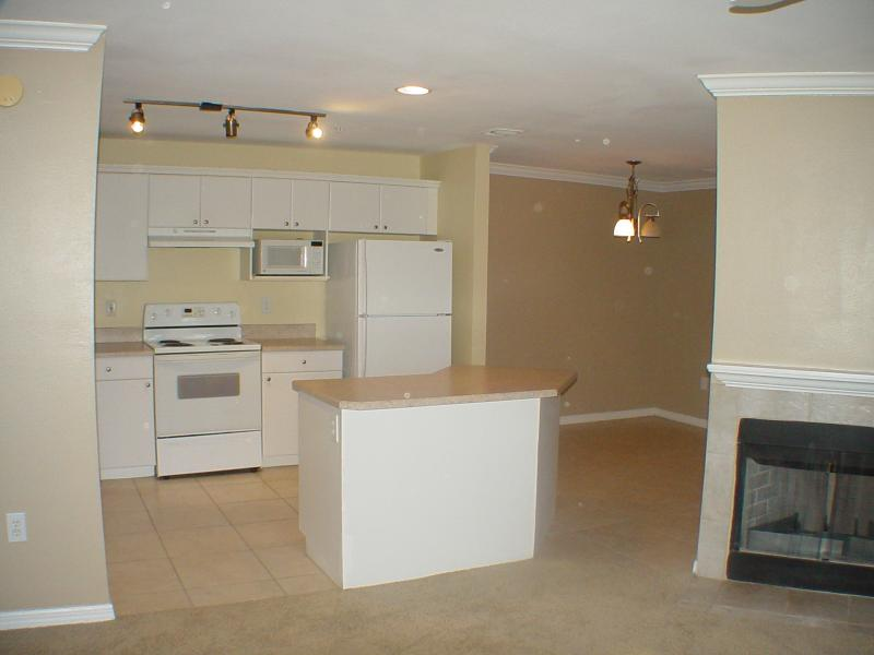 Condo for Rent in Beach/JTB/UNF/St. Johns Town Ctr