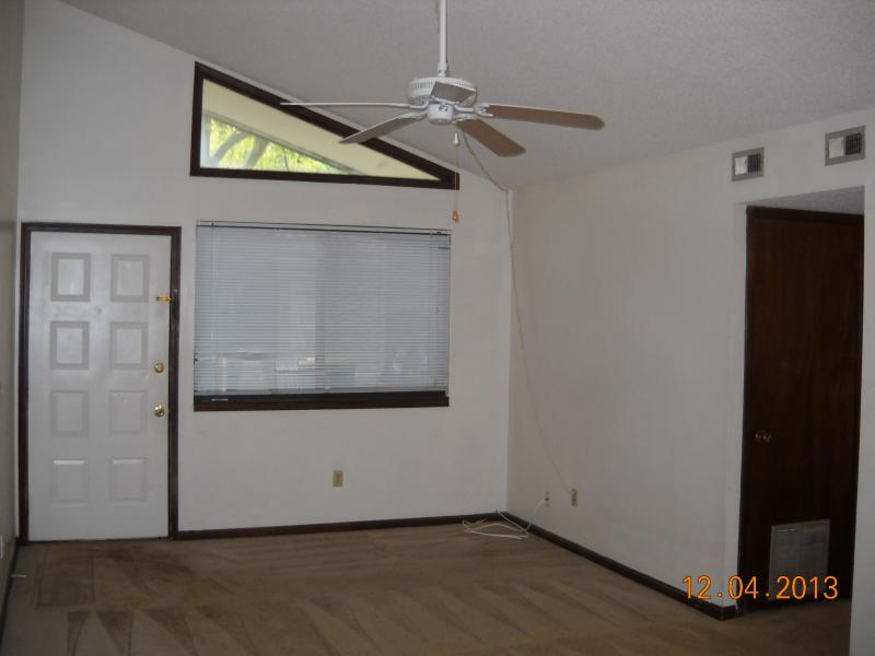 Duplex for Rent in Powers Avenue
