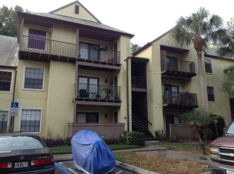 Condo for Rent in Oasis at Pearl Lake