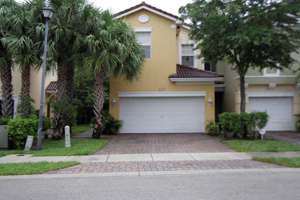 House for Rent in PIPERS CAY CONDO