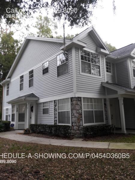 Condo for Rent in Coach Homes @ ERROL Estates