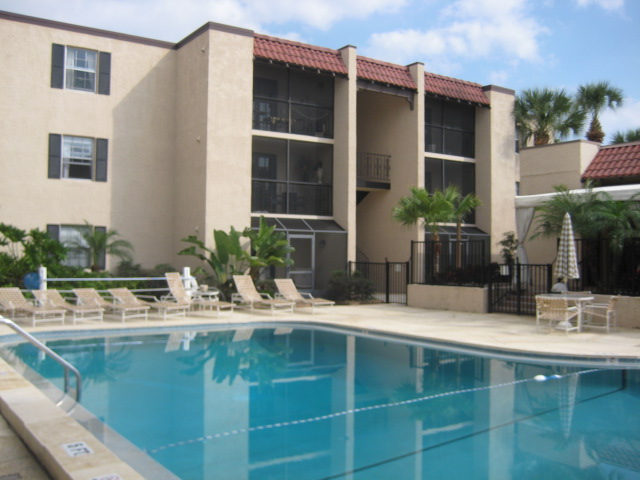 Apartments and houses for rent near me in 33609 for Bath house florida