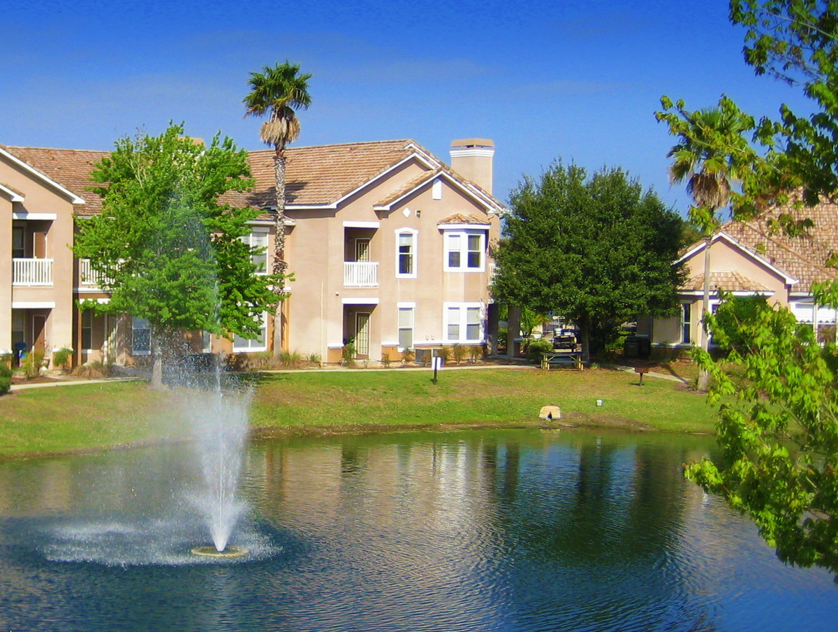Condo for Rent in The Villas of New Tampa