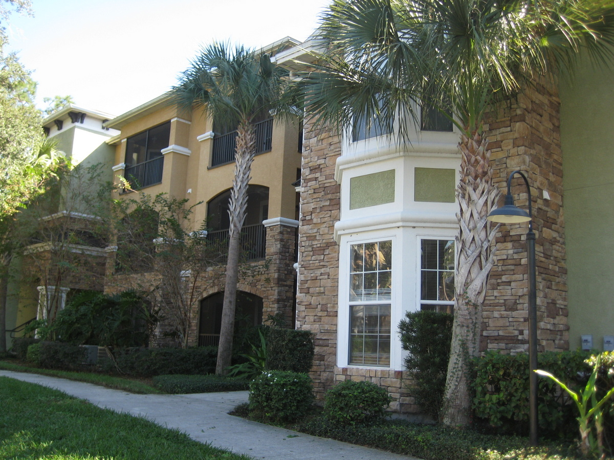Condo for Rent in Courtney Palms