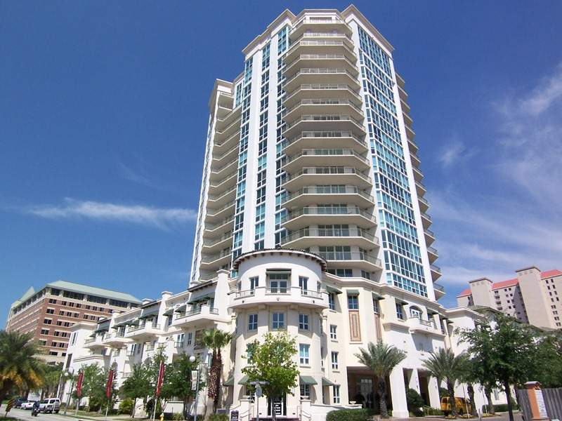 Condo for Rent in Plaza at Harbour Island