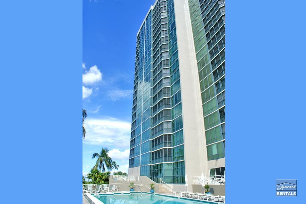 Condo for Rent in Vistas at Park Shore