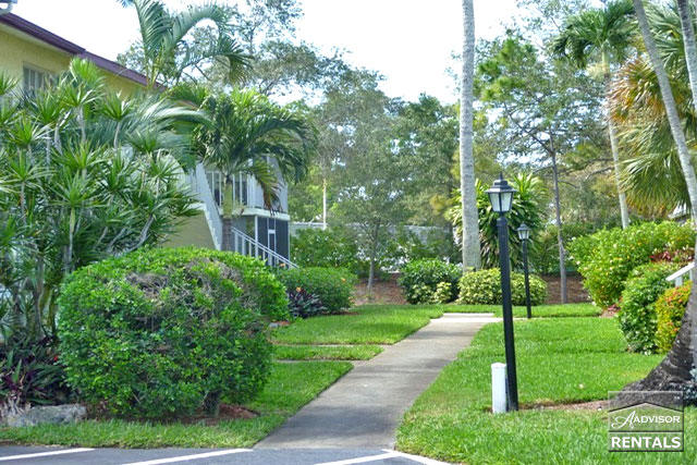 Pet Friendly for Rent in Glades Country Club