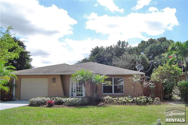 Pet Friendly for Rent in Naples Park