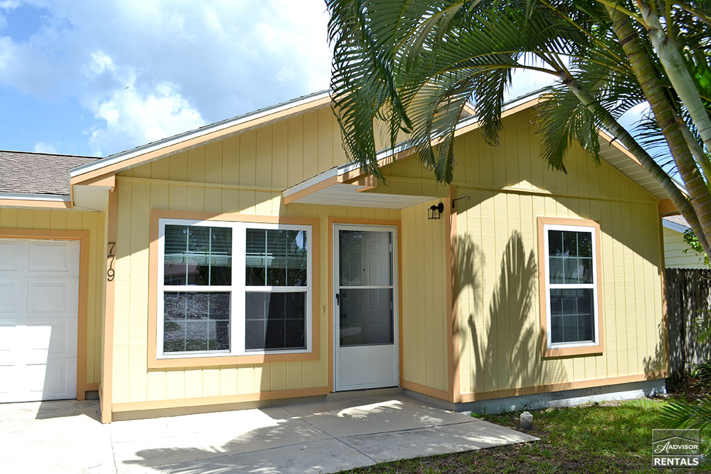 Condo for Rent in Naples Park