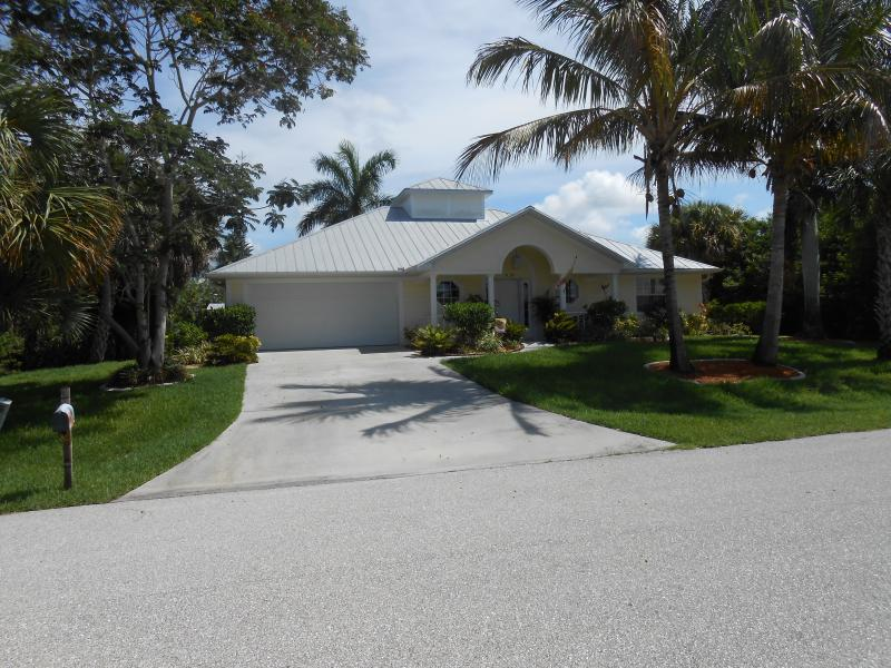 Houses for rent port charlotte fl houses for rent in port for Zillow charlotte mi