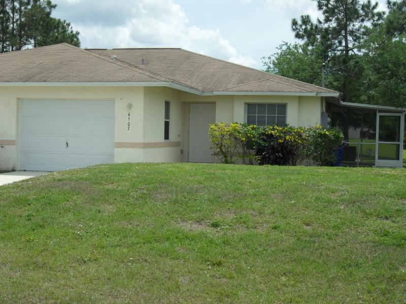 Duplex for Rent in Lehigh Acres