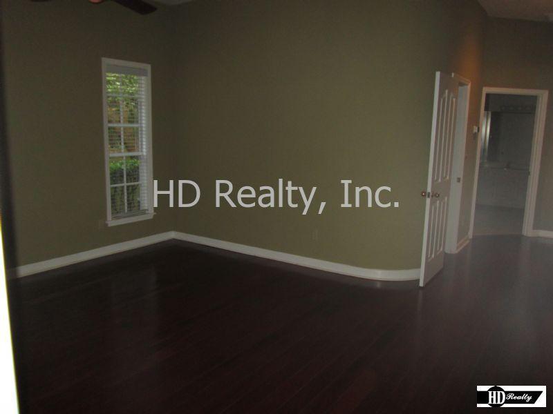 listing image 16