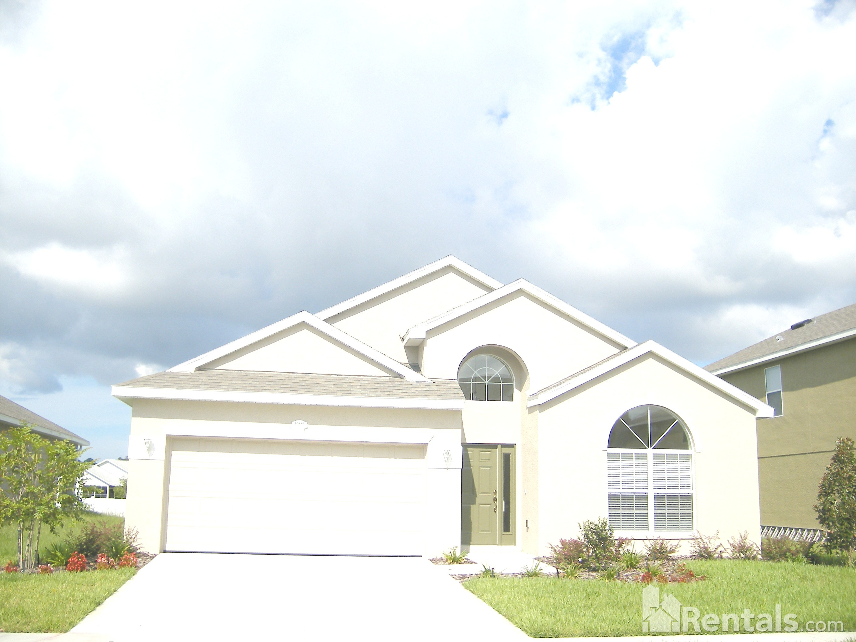 House for Rent in Colony Lakes