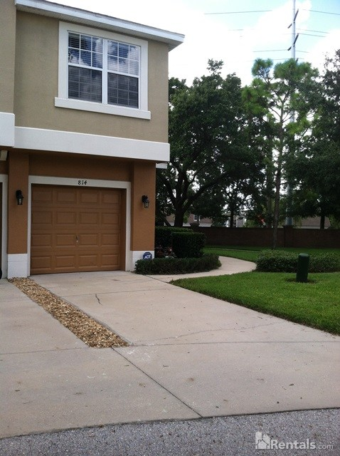 Condo for Rent in Overlook at Parkside
