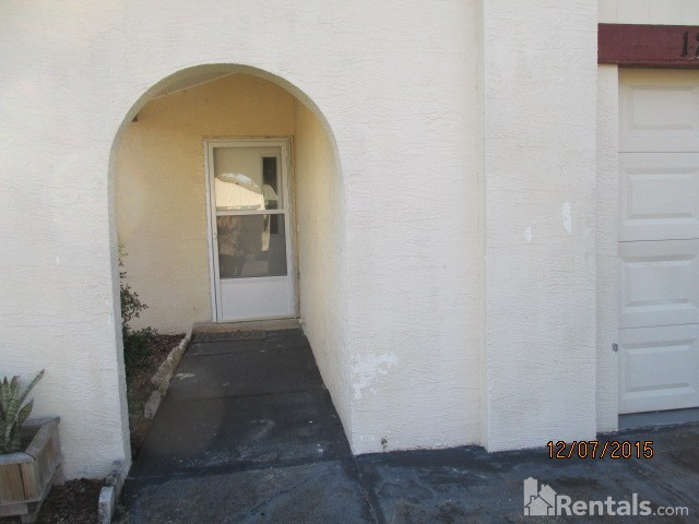 House for Rent in Shadow Ridge