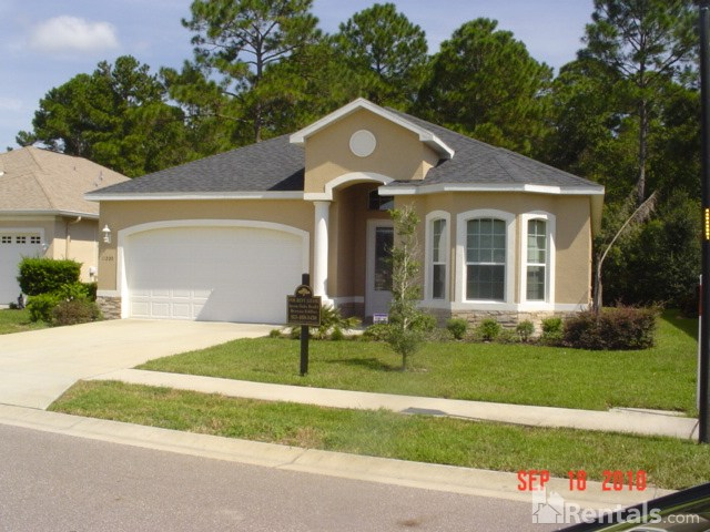 House for Rent in Summertree
