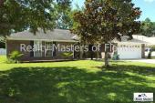 1742 Beachside Dr., Pensacola, FL 32507