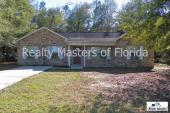3/2 Split floor plan- Nice home in Milton! Wonderful location in a country setting near Whiting!