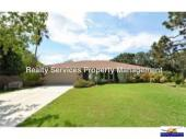Beautiful 4 bedroom, 2 bath home available for ANNUAL Rental in Sarasota!