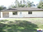 2/2 with a 1 car garage and fenced yard for immediate move in
