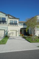 11447 Crowned Sparrow Ln, Tampa, FL 33626