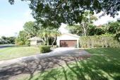 906 Foxpointe Circle, Delray Beach, FL 33445
