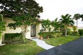 104 Golden Lakes Blvd, West Palm Beach, FL 33411
