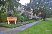 660 Broad Ave S, Naples, FL 34102
