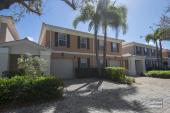 5693 Cove Cir, Naples, FL, 34119