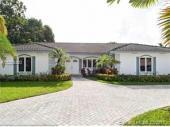 413 Tamarind Dr, Hallandale, FL 33009