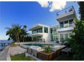 MANSION ON THE WATER IN MIAMI BEACH