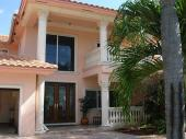 CASTLE, Fort Lauderdale, FL 33308