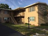 344 33rd Ave N #E  Second Floor Rea, St Petersburgrsbyurg, FL 33704