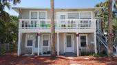 1 bedroom 1 bath 2 blocks from the beach